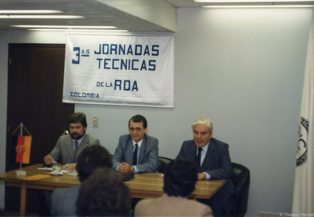 Pressekonferenz in Bogotá